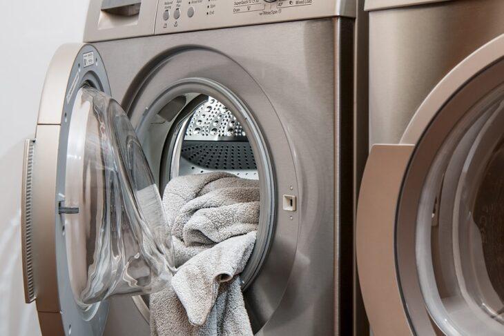lavar ropa de forma sostenible