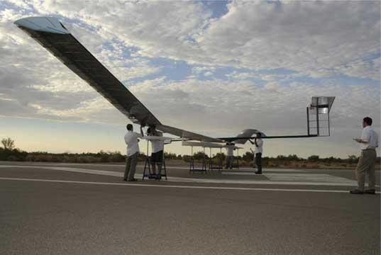 avion solar zephyr